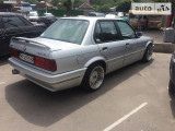 BMW 325i is                                            1991