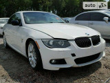 BMW 335i IS                                            2011