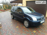 Ford Fusion A/T.                                            2003