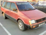 Mitsubishi Space Wagon 1990