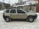 Renault Duster 4 WD                                            2011