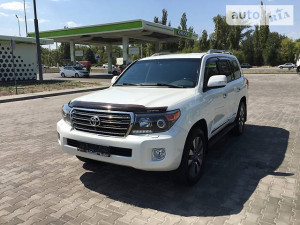 Продажа Toyota Land Cruiser за $67 999