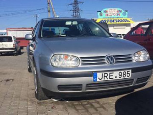 Продажа Volkswagen Golf за $2 850, г.Черновцы