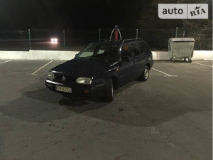 Продажа Volkswagen Golf за $1 000