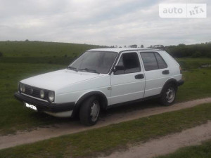 Продажа Volkswagen Golf за $2 300, г.Теофиполь