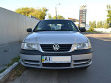 Volkswagen Pointer 1.0i MT                                            2004