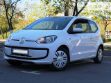 Volkswagen up! 1.0i                                            2015