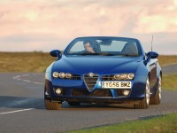 Alfa Romeo Spider photo