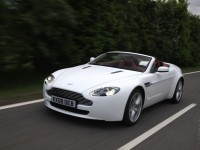 Aston Martin V8 Vantage Roadster photo
