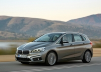 BMW 2 Series Active Tourer photo