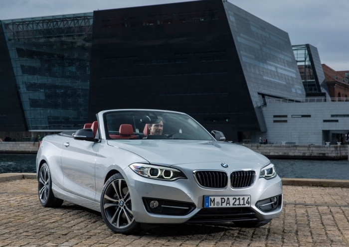 BMW 2 Series Cabriolet – фотография 1