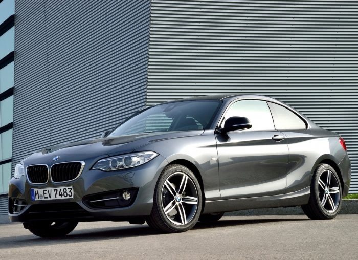 BMW 2 Series Coupe – фотография 1
