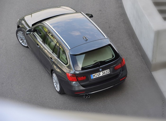 BMW 5 Series Touring 2013 – фотография 1