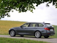 BMW 5 Series Touring 2013 photo