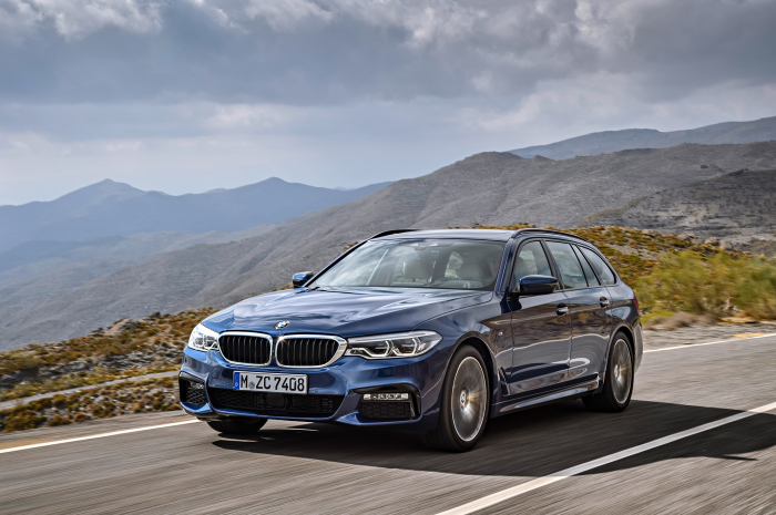 BMW 5 Series Touring New – фотография 1