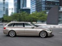 BMW 5 Series Touring F10 photo