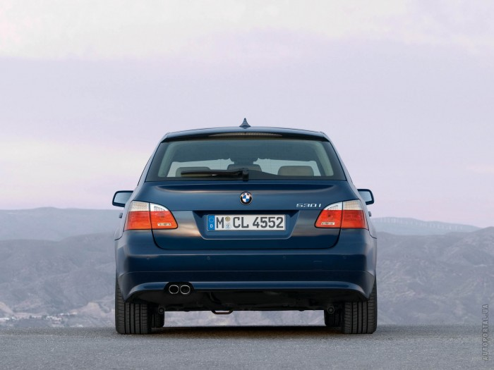 BMW 5 Series Touring E60 – фотография 1