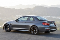 BMW M4 Cabriolet photo