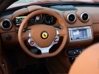 Ferrari California photo