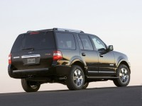 Ford Expedition photo