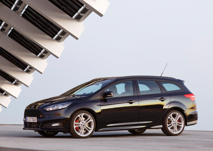 Ford Focus ST Estate – фотография 1