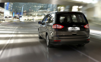 Ford Galaxy photo