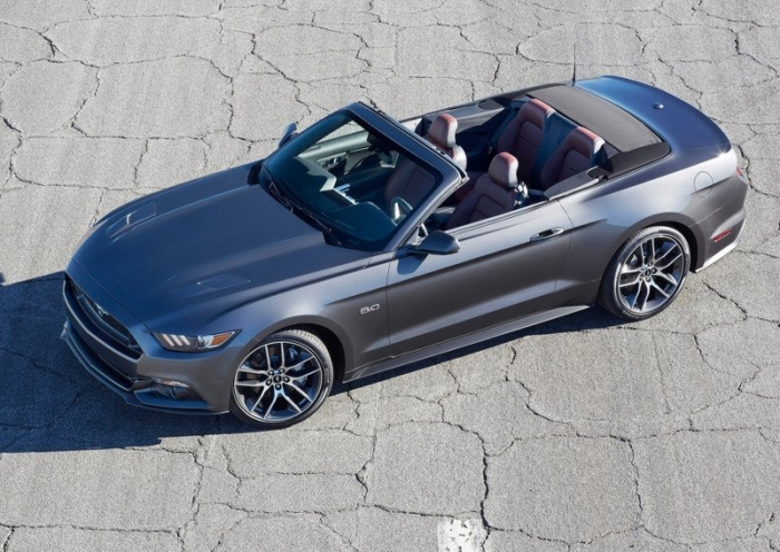 Ford Mustang Convertible New – фотография 1