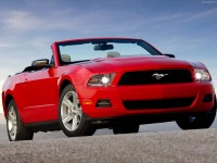 Ford Mustang Convertible 2009 photo