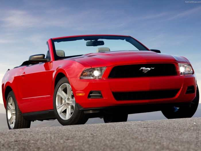 Ford Mustang Convertible 2009 – фотография 1