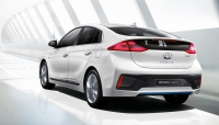 Hyundai Ioniq photo