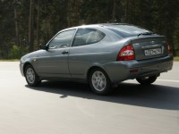 Lada Priora Coupe photo