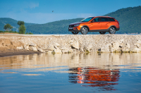 Lada Vesta SW Cross photo