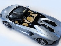 Lamborghini Aventador LP700-4 Roadster photo