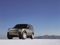 Land Rover Discovery 3 photo