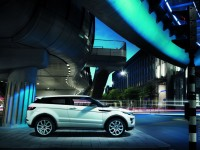 Land Rover Evoque 2011 photo