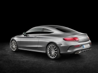 Mercedes-Benz C-Class Coupe photo