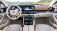 Mercedes-Benz E-Class photo