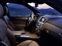 Mercedes-Benz GL-Class 2012 photo