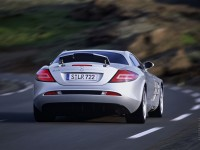 Mercedes-Benz SLR-Class photo