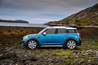 MINI Countryman photo