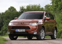 Mitsubishi Outlander 2014 photo