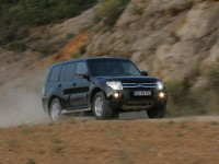 Mitsubishi Pajero Wagon photo