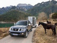 Nissan Navara 2010 photo