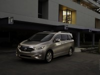 Nissan Quest photo