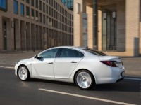 Opel Insignia photo