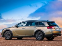 Opel Insignia Country Tourer photo