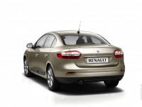 Renault Fluence 2010 photo