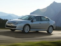Renault Laguna III photo
