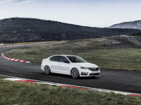 Skoda Octavia RS A7 FL photo