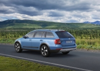 Skoda Octavia Scout photo
